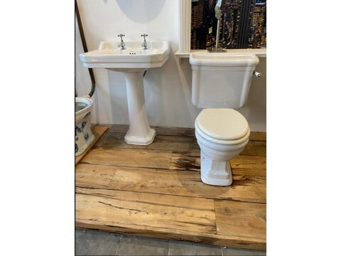Art Deco Style Sink and Toilet Set